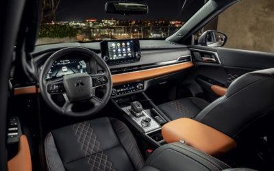 2022 Mitsubishi Outlander (Interior-4)